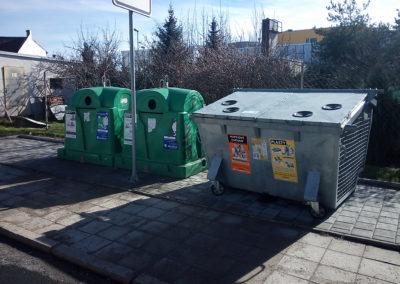 2015-Kontejnerové stání Holásecká