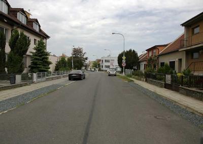 2015-Oprava povrchu vozovky Glocova