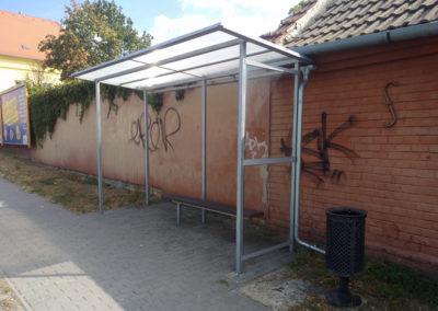 2017-Přístřešek na autobusové zastávce Ivanovické náměstí