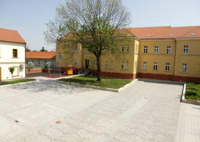 2017-Rekonstrukce nádvoří radnice